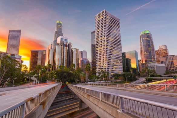 To Stay or To Go: Living vs Visiting Los Angeles